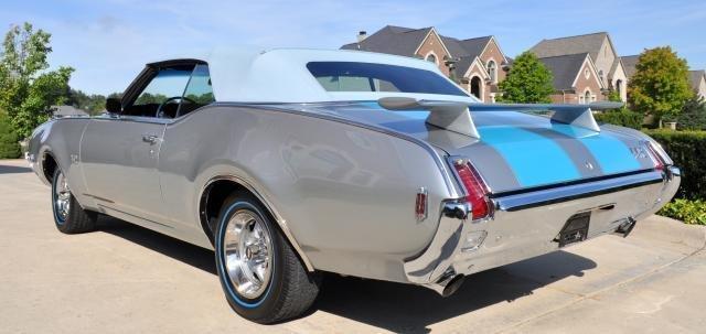 1969 Oldsmobile Cutlass  442