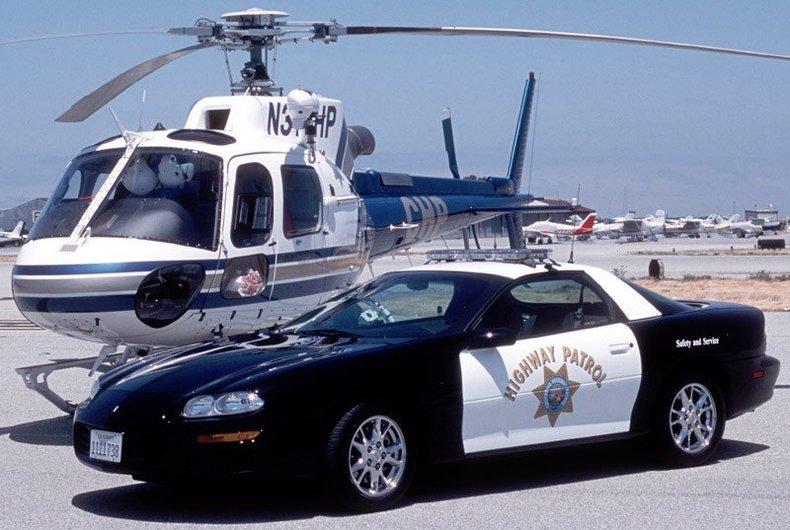 2002 Chevrolet Camaro Image 1