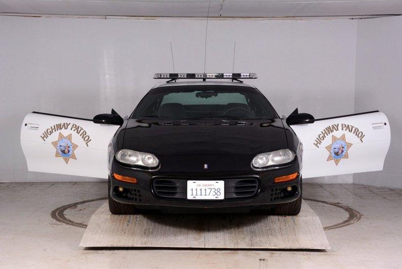 2002 Chevrolet Camaro Image 11