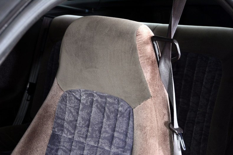 2002 Chevrolet Camaro Image 22
