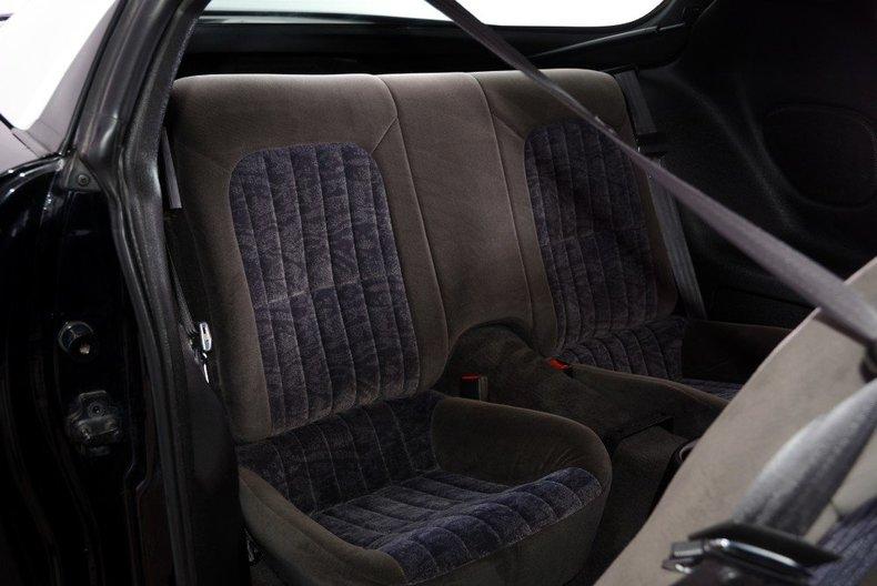 2002 Chevrolet Camaro Image 35