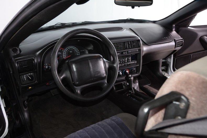 2002 Chevrolet Camaro Image 47