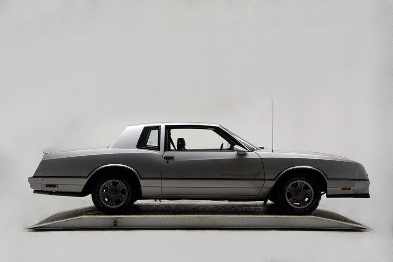 1986 Chevrolet Monte Carlo Image 3