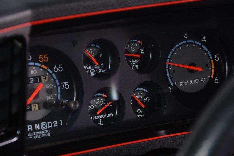 1986 Chevrolet Monte Carlo Image 14