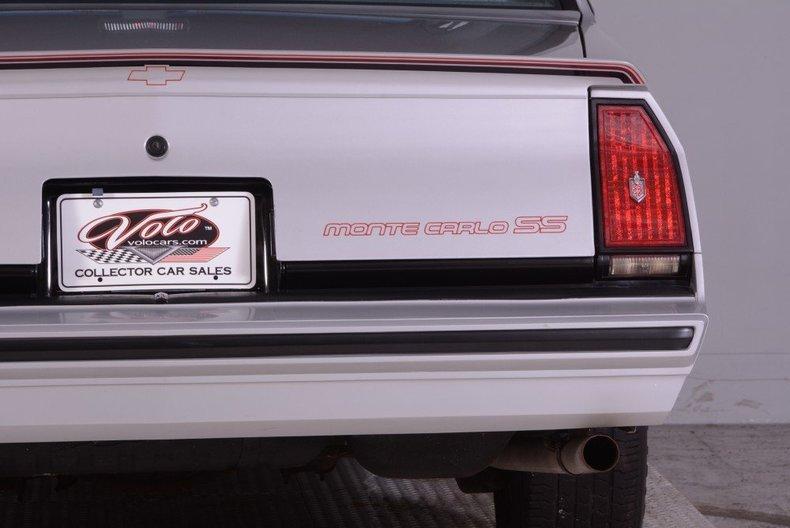 1986 Chevrolet Monte Carlo Image 30