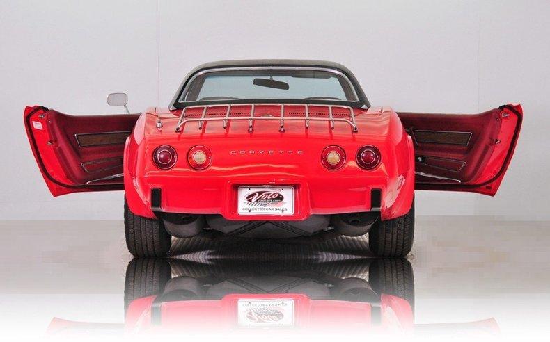 1975 Chevrolet Corvette Image 16