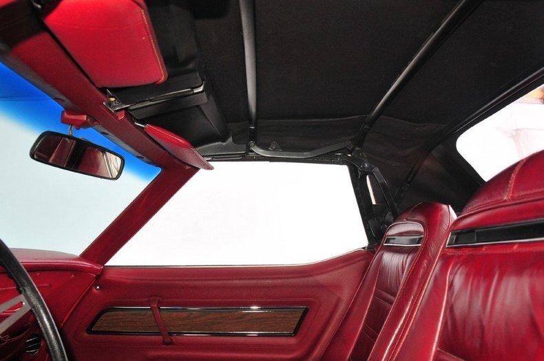 1975 Chevrolet Corvette Image 25