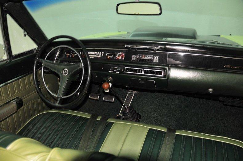 1968 Dodge Coronet Image 26