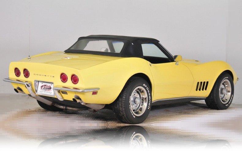 1968 Chevrolet Corvette Image 13