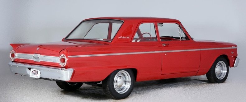 1963 Ford Fairlane Image 3