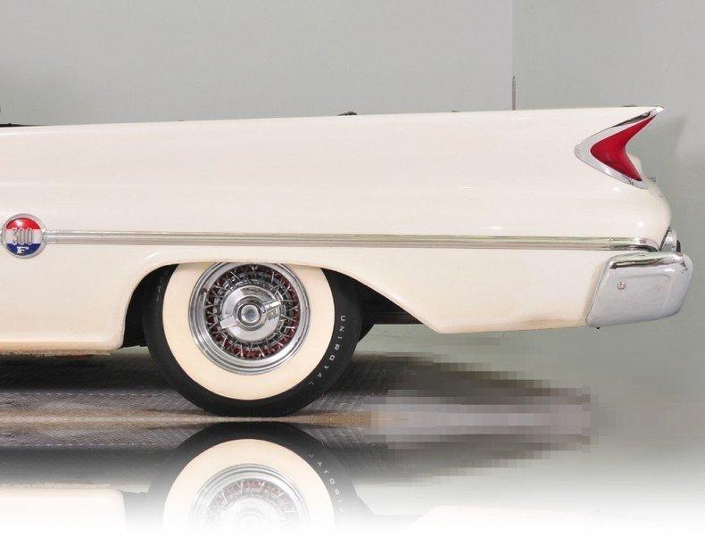 1960 Chrysler 300 Image 12