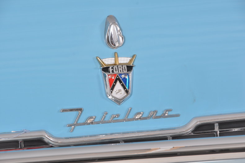 1955 Ford Fairlane Image 35