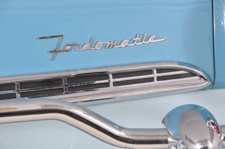 1955 Ford Fairlane Image 47