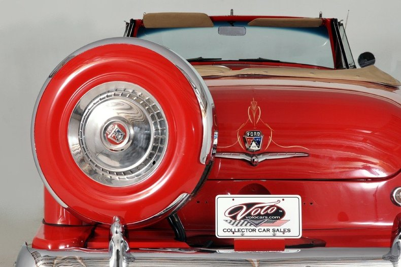 1954 Ford  Image 32