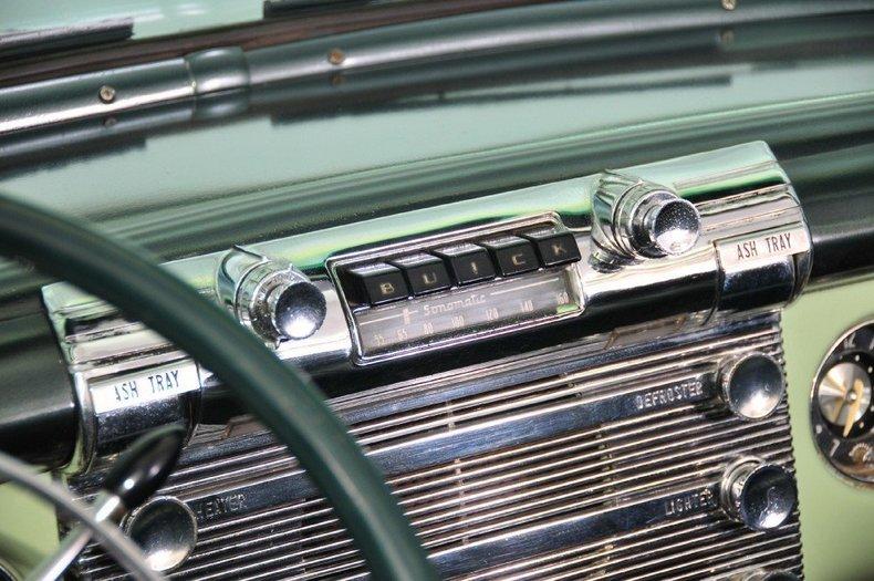 1952 Buick Super Image 23