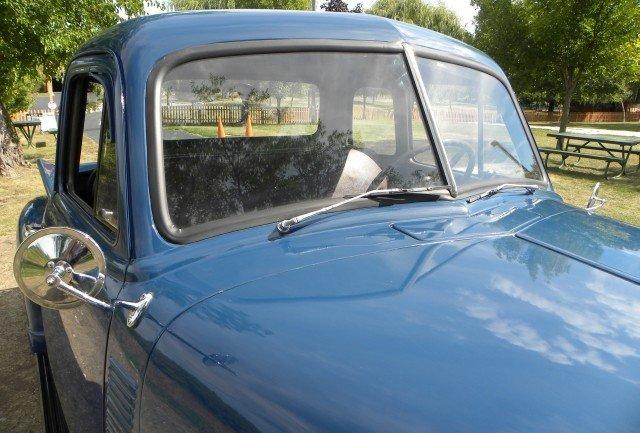 1951 Chevrolet  Image 18