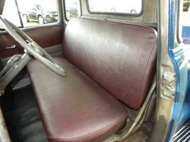 1951 Chevrolet  Image 35