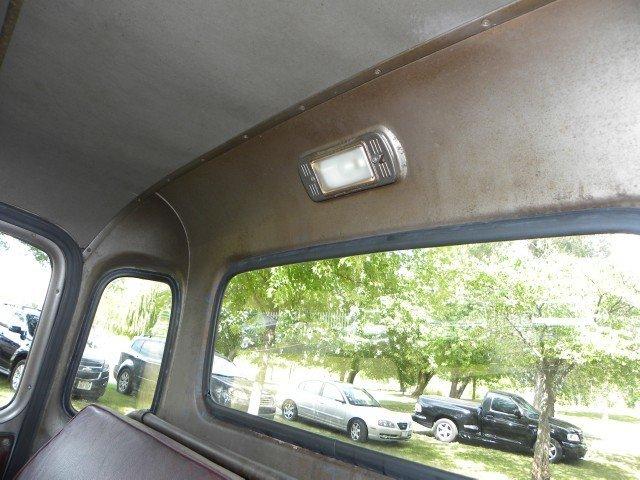 1951 Chevrolet  Image 34