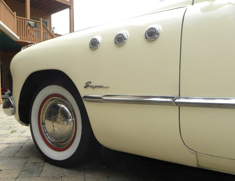 1949 Buick Super Image 23