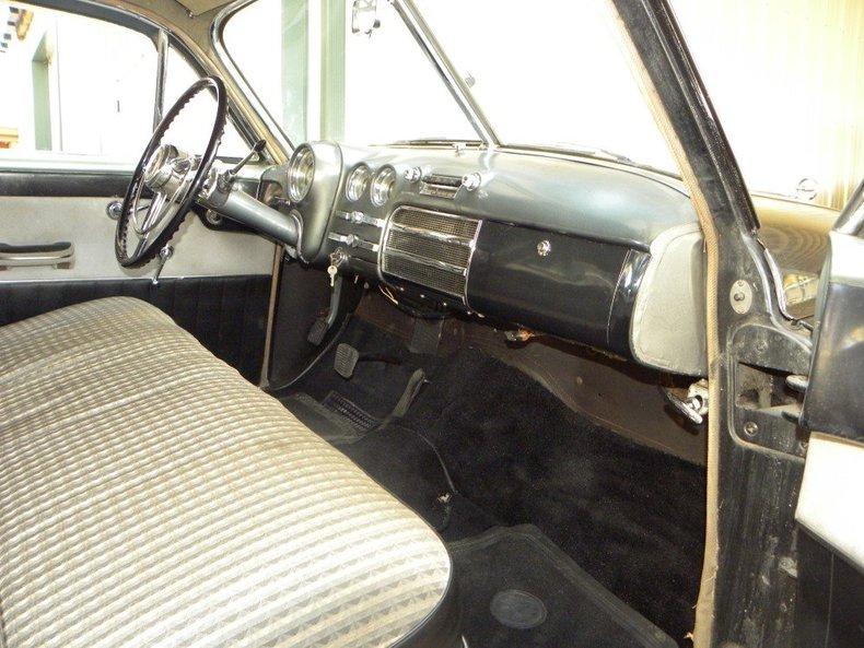 1949 Buick Roadmaster Image 2