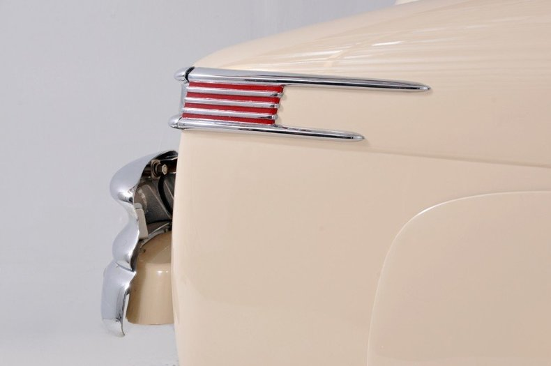 1947 Lincoln Continental Image 34