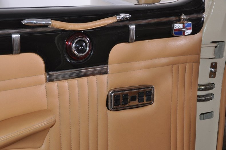 1947 Lincoln Continental Image 35