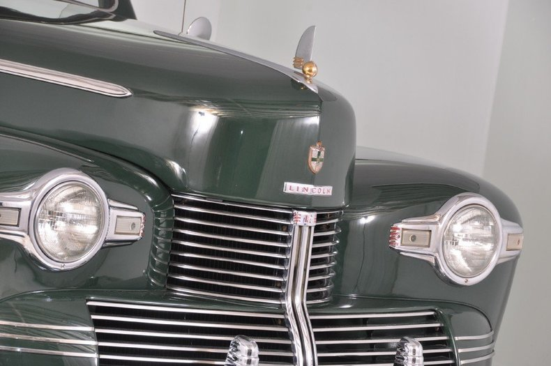 1942 Lincoln Zephyr Image 21