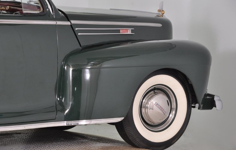1942 Lincoln Zephyr Image 24