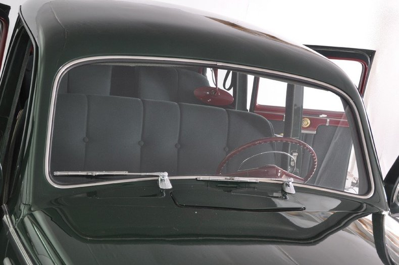 1942 Lincoln Zephyr Image 59