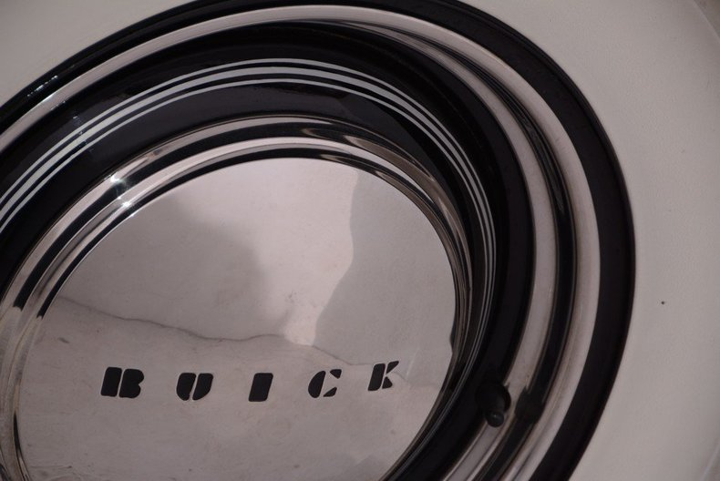 1941 Buick  Image 26