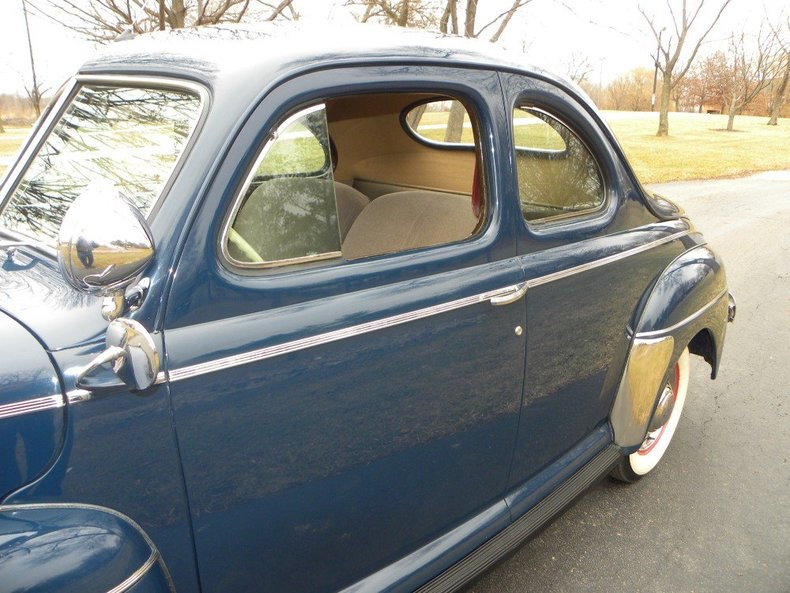 1941 Ford Super Deluxe Image 13