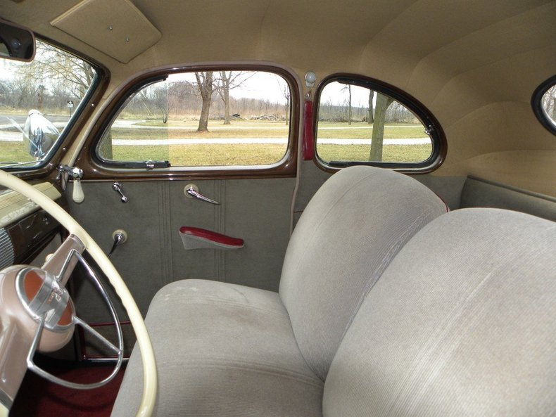 1941 Ford Super Deluxe Image 3