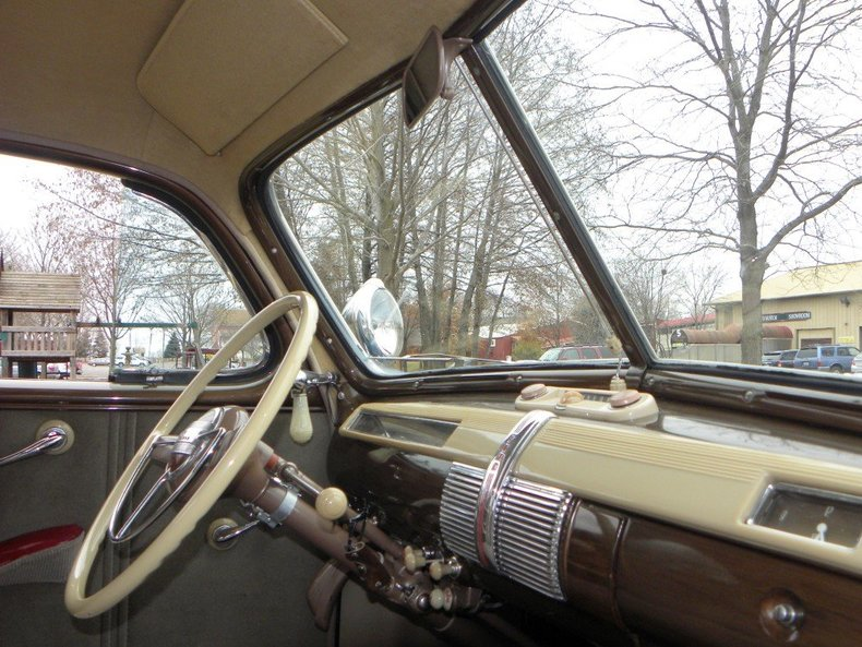 1941 Ford Super Deluxe Image 119