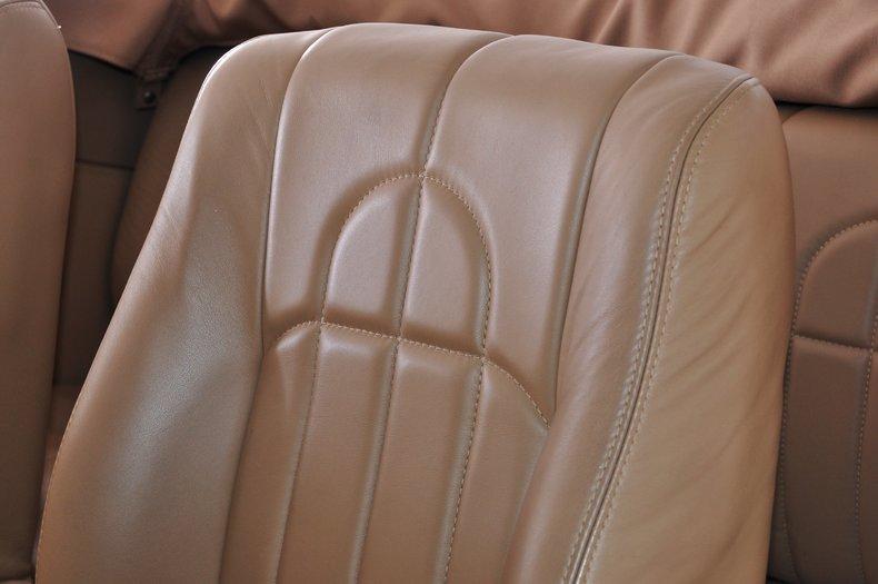 1940 Pontiac Deluxe Image 10