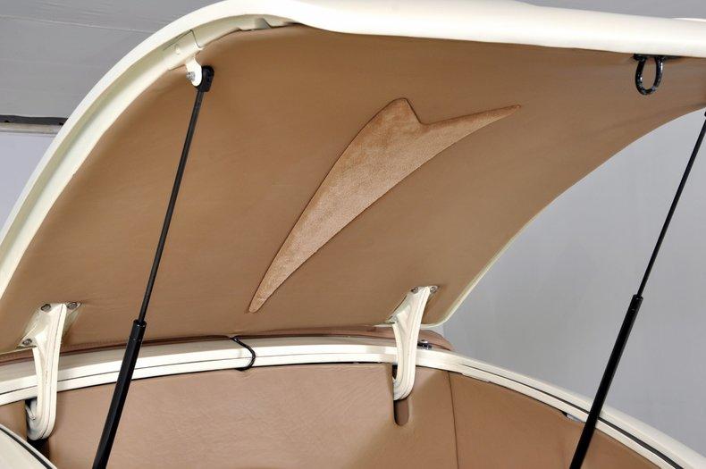 1940 Pontiac Deluxe Image 22