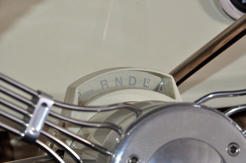 1940 Pontiac Deluxe Image 31