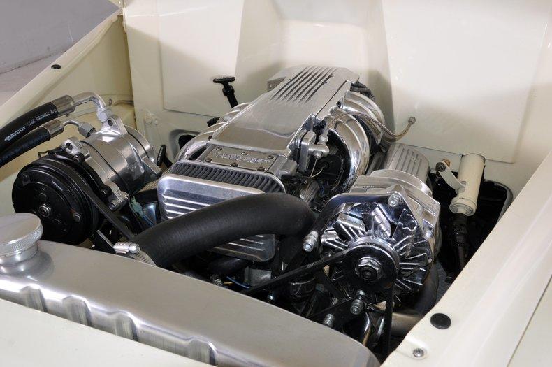 1940 Pontiac Deluxe Image 35
