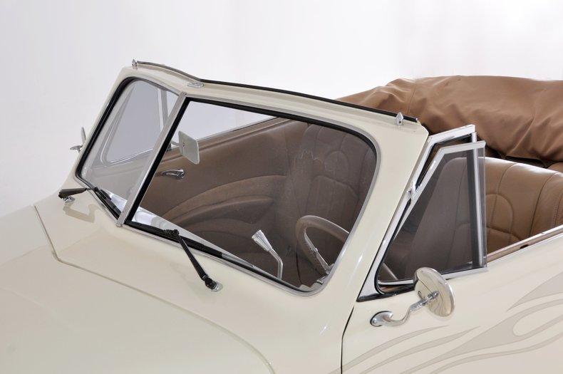 1940 Pontiac Deluxe Image 48