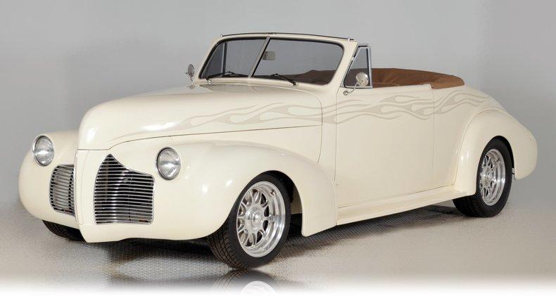 1940 Pontiac Deluxe Image 58
