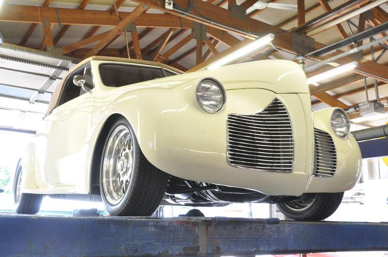 1940 Pontiac Deluxe