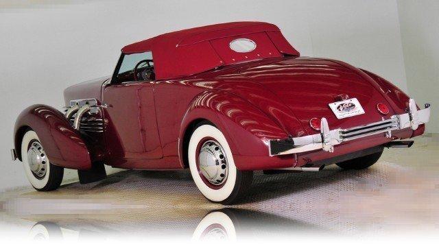 1937 Cord  Image 3