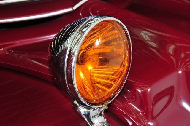 1937 Cord  Image 26