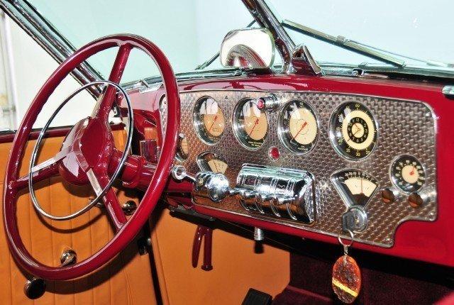 1937 Cord  Image 40