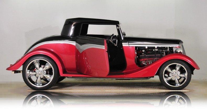 1934 Ford Custom Image 9