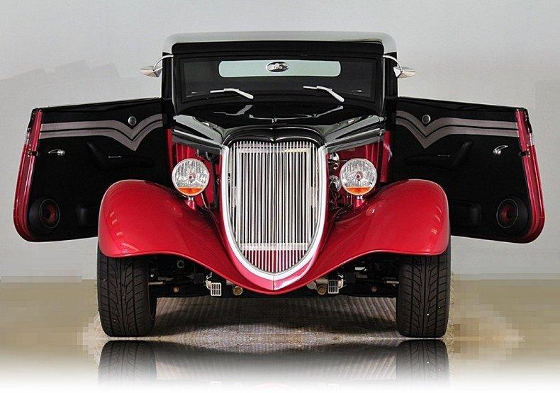1934 Ford Custom Image 22