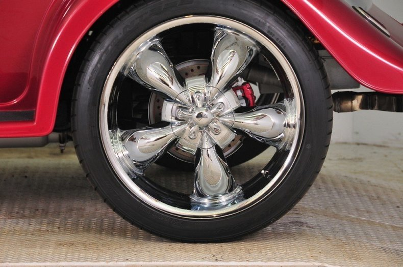 1934 Ford Custom Image 24