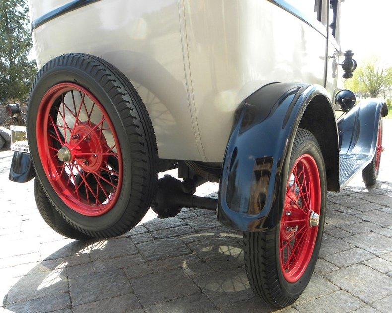 1927 Ford Model T Image 87