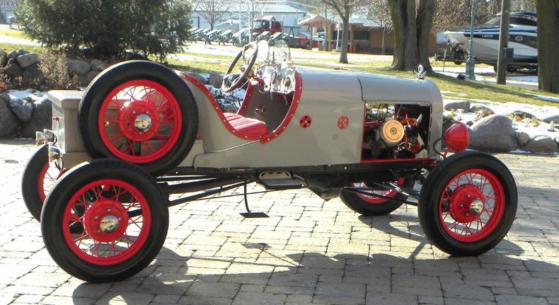 1924 Ford Model T Image 8