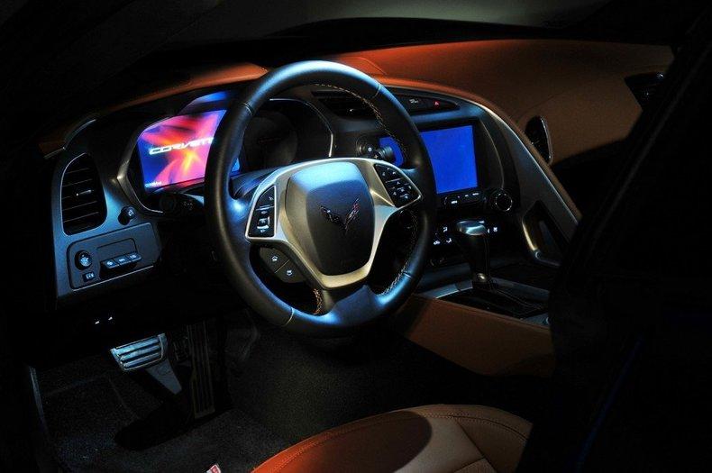 2014 Chevrolet Corvette Image 32