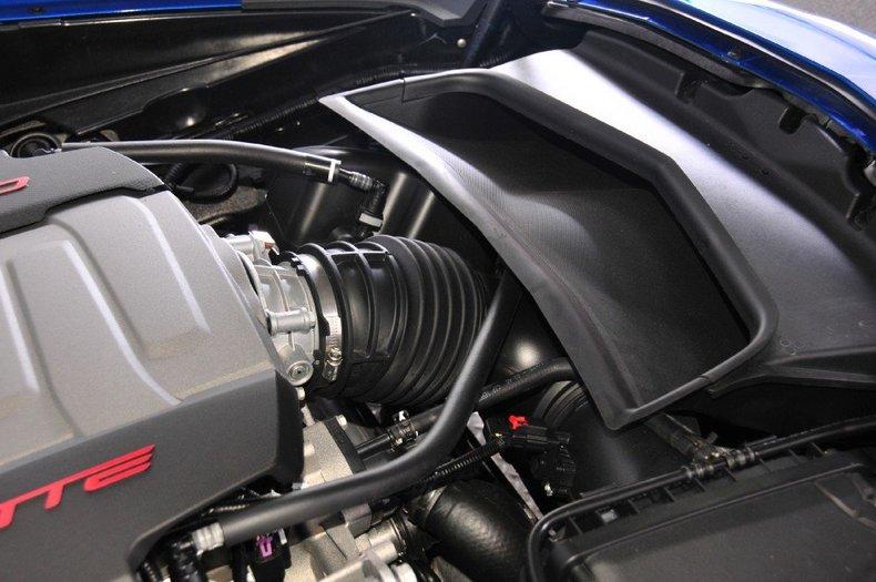 2014 Chevrolet Corvette Image 25